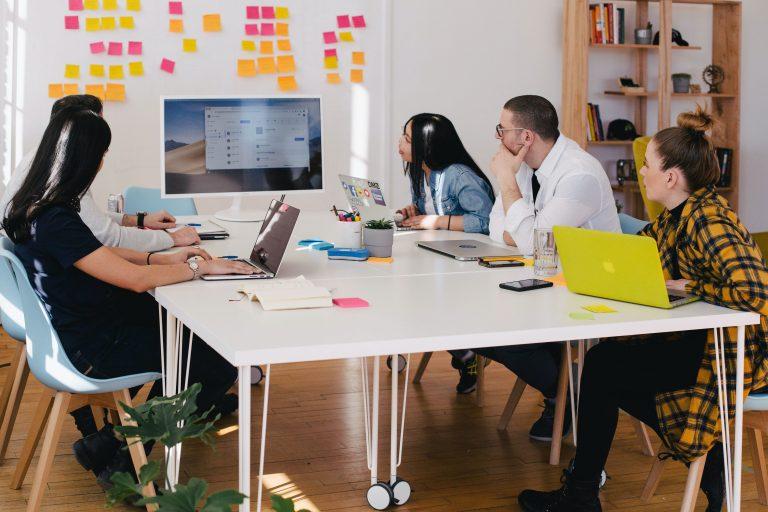 Freelancer vs. Digital Agency Marketing
